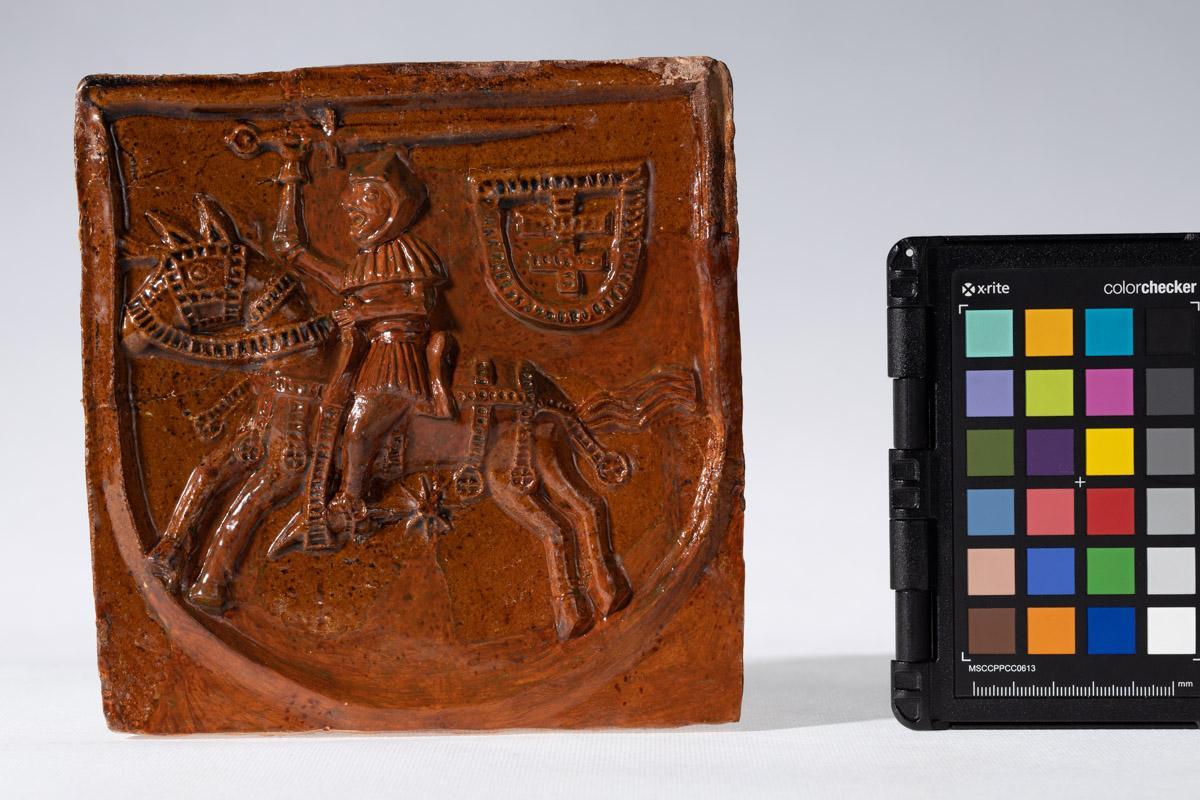 Kafel z herbem Pogoń